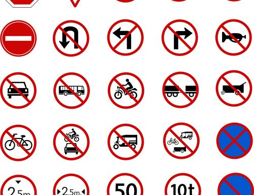 Categories of road signs in Uganda & their meaning! – Uganda safari News